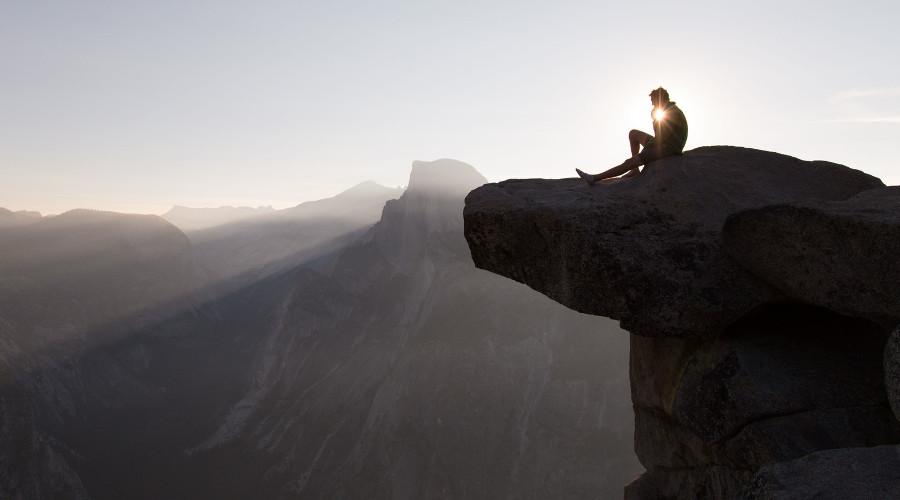 """flirten selbstvertrauen Während männer ihr selbstvertrauen hauptsächlich aus sich selbst heraus schöpften, unabhängig von ihren mitmenschen, sei der selbstwert bei frauen stärker """"interdependent"""" – und damit abhängig von rückmeldungen der außenwelt """"da frauen sich mehr als männer über andere definieren, spielt reales oder."""