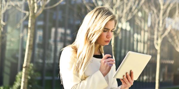 Online-dating-männer saugen am gespräch