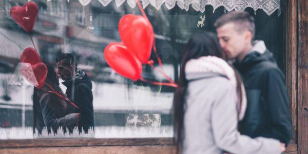 Das erste Date - Verpasst perfekten Moment